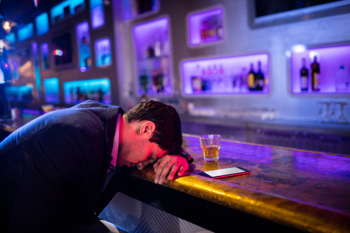 the_adverse_influence_of_alcohol_in_suicides_720